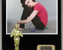 ANNE-HATHAWAY-Reproduction-Signed-8-x-10-Photo-Limited-Edition-Oscar-Display-171889571780