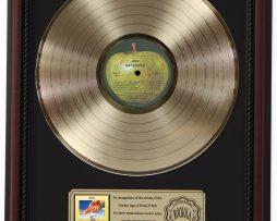 BADFINGER-ASS-GOLD-LP-RECORD-FRAMED-CHERRYWOOD-DISPLAY-K1-172205672560