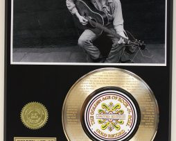 BOB-DYLAN-GOLD-RECORD-LIMITED-EDITION-LASER-ETCHED-WITH-SONGS-LYRICS-181448578700