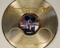 DEADMAU5-CUSTOM-LASER-ETCHED-GOLD-PLATED-LP-RECORD-WALL-CLOCK-FREE-SHIPPING-181893060320