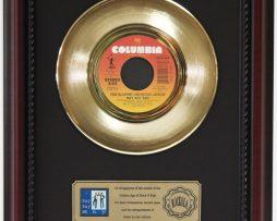 PAUL-MCCARTNEY-SAY-SAY-SAY-GOLD-RECORD-FRAMED-CHERRYWOOD-DISPLAY-K1-182129060510