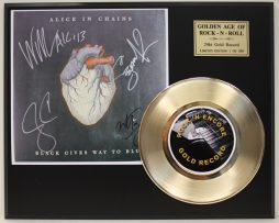 ALICE-IN-CHAINS-GOLD-45-RECORD-LTD-EDITION-SIGNATURE-SERIES-SHIPS-US-FREE-171617490261