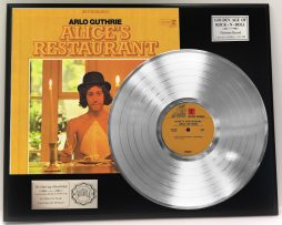 ARLO-GUTHRIE-ALICES-RESTAURANT-LTD-EDITION-PLATINUM-LP-RECORD-DISPLAY-FREE-SHIP-181465642421
