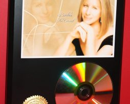 BARBRA-STREISAND-24kt-GOLD-CDDISC-COLLECTIBLE-RARE-AWARD-QUALITY-PLAQUE-GIFT-170854940711
