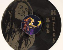 BOB-MARLEY-4-BLACK-VINYL-LP-ETCHED-W-ARTISTS-IMAGE-LIMITED-EDITION-181461609631