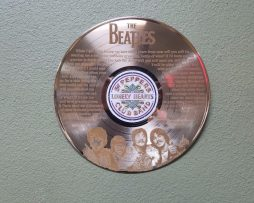 Beatles-GOLD-12-LP-RECORD-LASER-CUT-WALL-ART-DISPLAY-FREE-SHIPPING-C3-182629433451
