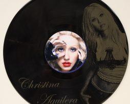 CHRISTINA-AGUILERA-BLACK-VINYL-LP-ETCHED-W-ARTISTS-IMAGE-LIMITED-EDITION-171382376451