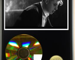 JOHN-NEWMAN-LIMITED-EDITION-24kt-GOLD-CD-DISPLAY-171376862011