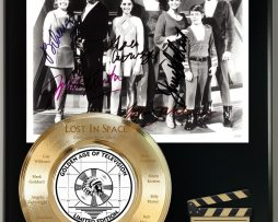 LOST-IN-SPACE-LIMITED-SIGNATURE-LASER-ETCHED-TV-SERIES-DISPLAY-181773031161