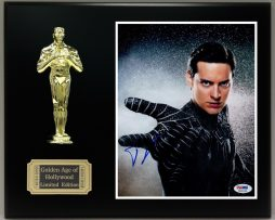 TOBY-MAGUIRE-Reproduction-Signed-8x10-Photo-LTD-Edition-Oscar-Display-171886390401