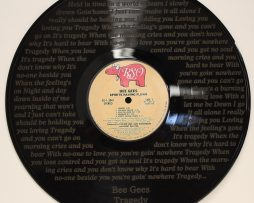BEE-GEES-BLACK-VINYL-LP-ETCHED-W-ARTISTS-SONGS-LYRICS-LTD-EDITION-181268634282