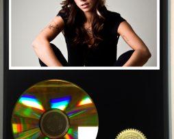 CHRISTINA-PERRI-LIMITED-EDITION-24kt-GOLD-CD-DISPLAY-181456516692