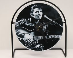 ELVIS-PRESLEY-PICTURE-CD-CLOCK-THAT-PLAYS-THE-SONG-DONT-BE-CRUEL-181423498932