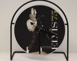 ELVIS-PRESLEY-PICTURE-CD-CLOCK-THAT-PLAYS-THE-SONG-LOVE-ME-TENDER-181423501192