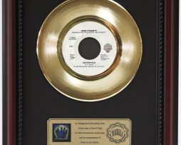 JOHN-FOGERTY-CENTERFOLD-GOLD-RECORD-FRAMED-CHERRYWOOD-DISPLAY-K1-182128983892