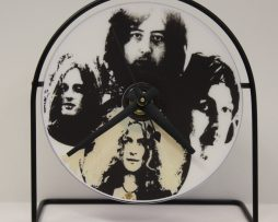 LED-ZEPPELIN-PICTURE-CD-CLOCK-THAT-PLAYS-THE-SONG-BLACK-DOG-171342983582