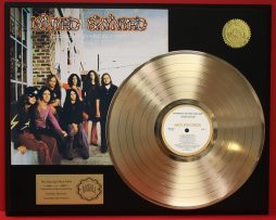 LYNYRD-SKYNRYD-GOLD-LP-RECORD-DISPLAY-ACTUALLY-PLAYS-THE-SONG-GIMME-THREE-STEPS-171016129722