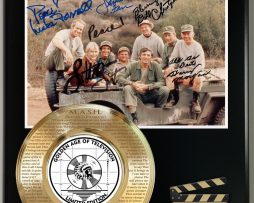 MASH-LIMITED-EDITION-SIGNATURE-AND-THEME-SONG-SERIES-DISPLAY-181773064952