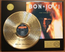 BON-JOVI-7800-FAHRENHEIT-EDITION-GOLD-LP-RECORD-LASER-ETCHED-W-LYRICS-171368364063