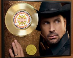 GARTH-BROOKS-LTD-EDITION-POSTER-ART-GOLD-RECORD-MEMORABILIA-DISPLAY-181466383533