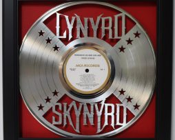 Lynaryd-Skynaryd-LP-Framed-Laser-Cut-Platinum-Vinyl-Record-in-Shadowbox-Wallart-182337056883