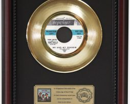 RAT-PACK-ME-AND-MY-SHADOW-GOLD-RECORD-FRAMED-CHERRYWOOD-DISPLAY-K1-172204411643