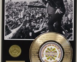 ELVIS-PRESLEY-3-GOLD-RECORD-LIMITED-EDITION-LASER-ETCHED-WITH-SONGS-LYRICS-181448918274