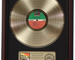 LED-ZEPPELIN-HOUSES-OF-THE-HOLY-GOLD-LP-RECORD-FRAMED-CHERRYWOOD-DISPLAY-K1-182136932734