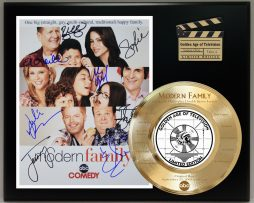 MODERN-FAMILY-LIMITED-EDITION-SIGNATURE-LASER-ETCHED-TV-SERIES-DISPLAY-171824225884
