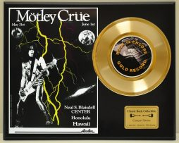 MOTLEY-CRUE-LIMITED-EDITION-CONCERT-POSTER-SERIES-GOLD-45-DISPLAY-171347843074