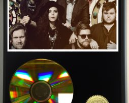 OF-MONSTERS-AND-MEN-LIMITED-EDITION-24kt-GOLD-CD-DISPLAY-181456550824