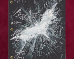 THE-DARK-KNIGHT-MOVIE-SCRIPT-W-REPRODUCTION-SIGNATURES-BALE-AND-LEDGER-C3-172258084464