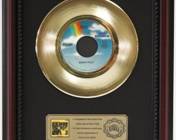 BUDDY-HOLLY-PEGGY-SUE-GOLD-RECORD-CUSTOM-FRAMED-CHERRYWOOD-DISPLAY-K1-172164192825