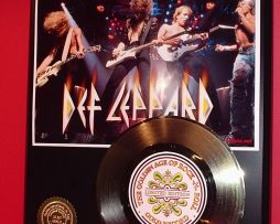 DEF-LEPPARD-GOLD-45-RECORD-LIMITED-EDITION-DISPLAY-171368600315