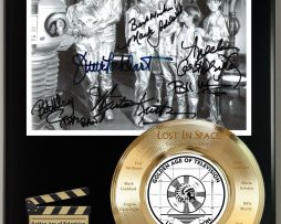 LOST-IN-SPACE-LIMITED-EDITION-SIGNATURE-LASER-ETCHED-TV-SERIES-DISPLAY-181773029275