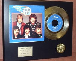 MOODY-BLUES-GOLD-45-RECORD-LIMITED-EDITION-DISPLAY-171045408765