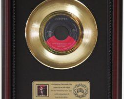 MOTLEY-CRUE-SMOKING-IN-THE-BOYS-ROOM-GOLD-RECORD-FRAMED-CHERRYWOOD-DISPLAY-K1-172204398245