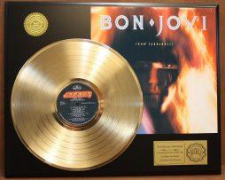 BON-JOVI-7800-FAHRENHEIT-GOLD-LP-LTD-EDITION-RECORD-DISPLAY-171367481926