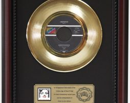 MARILYN-MONROE-HEATWAVE-GOLD-RECORD-FRAMED-CHERRYWOOD-DISPLAY-K1-172204376266