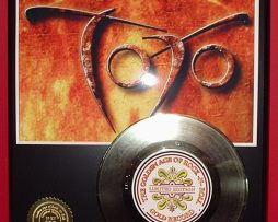 TOTO-GOLD-45-RECORD-LTD-EDITION-DISPLAY-AWARD-QUALITY-SHIP-FREE-171045408736