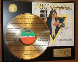 ALICE-COOPER-LTD-EDITION-GOLD-LP-RECORD-LASER-ETCHED-W-LYRICS-TO-HIS-SONG-181000121837