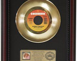 BARBARA-STREISAND-IN-THE-DARK-GOLD-RECORD-CUSTOM-FRAMED-CHERRYWOOD-DISPLAY-K1-172163992417