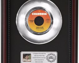 BOB-DYLAN-HEART-OF-MINE-PLATINUM-RECORD-FRAMED-CHERRYWOOD-DISPLAY-K1-172204257647