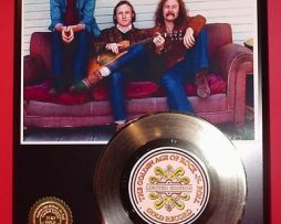 CROSBY-STILLS-NASH-GOLD-45-RECORD-LTD-EDITION-181145670327