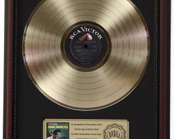 ELVIS-PRESLEY-PARADISE-GOLD-LP-RECORD-FRAMED-CHERRYWOOD-DISPLAY-K1-172205715507