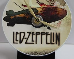 LED-ZEPPELIN-BLIMP-PICTURE-CD-DESK-CLOCK-WITH-BLACK-ACRYLIC-BASE-172151922747