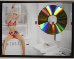 MILEY-CYRUS-24-kt-LTD-EDITION-GOLD-CD-PLAQUE-FREE-US-PRIORITY-SHIPPING-181306304117