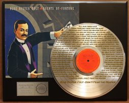 BLUE-OYSTER-CULT-PLATINUM-RECORD-DISPLAY-ETCHED-W-LYRICS-TO-DONT-FEAR-THE-REAPE-181461379158