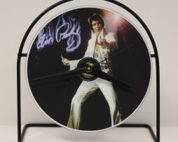 ELVIS-PRESLEY-PICTURE-CD-CLOCK-THAT-PLAYS-THE-SONG-HOUND-DOG-181423503138