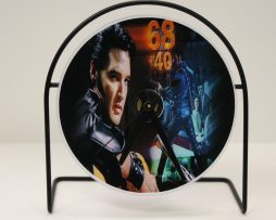 ELVIS-PRESLEY-PICTURE-CD-CLOCK-THAT-PLAYS-THE-SONG-JAILHOUSE-ROCK-171343647258